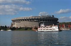 Three Rivers Stadium (rentavet) Tags: threeriversstadium gatewaylibertybelle