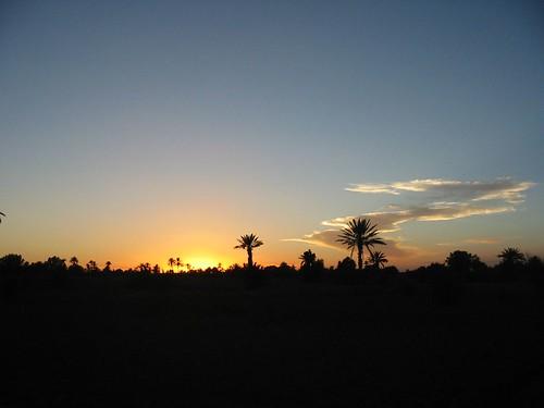 Zonsondergang boven de woestijn