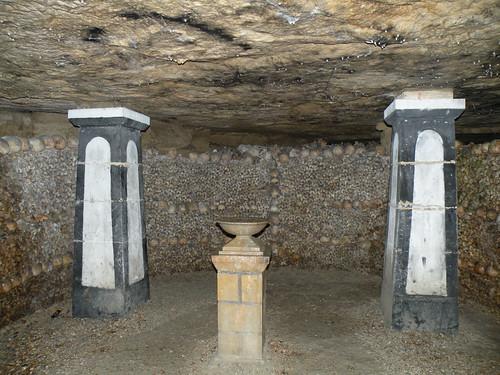 Catacombs of Paris por pcambraf.