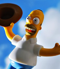 Im Happy (Srch) Tags: blue azul toy cielo homer thesimpsons homero homersimpson monito lossimpsons homerosimpson nikond60 30daysoneobject