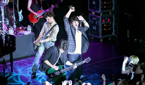 jonas-brothers-irving-plaza-concert-02