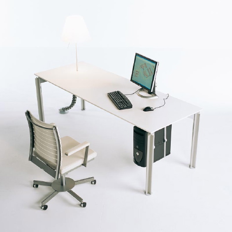 H20 Desks by Bulo