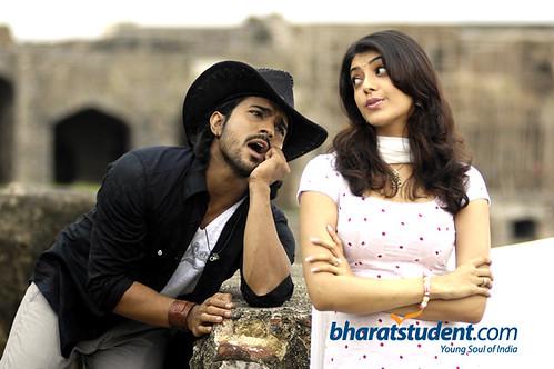 Ramcharan Teja and Kajal Agarwal from the movie Magadheera