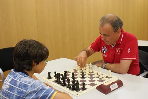 Ali Nihat Yazıcı (president de la federació turca) vs Marc Obregón