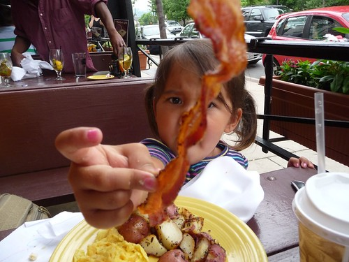 ava doesn't like bacon.
