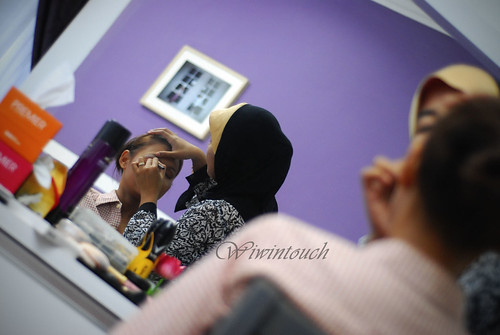 Make Up by Wiwin