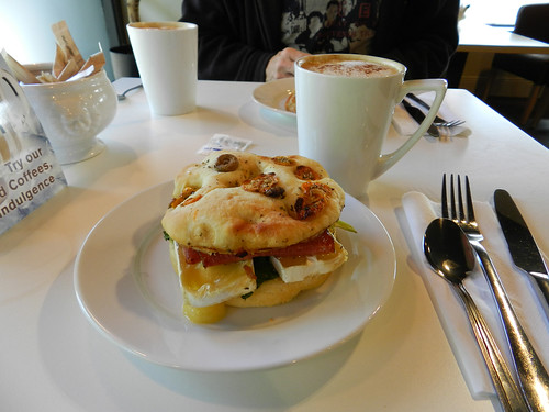 Lunch at Applegreen Acafe in Rathnew (Co. Wicklow)