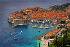 Dubrovnik (katepedley) Tags: world old sea heritage canon coast town interestingness europe harbour croatia historic unesco explore 5d walls balkans hr grad peninsula eastern dubrovnik dalmatian yugoslavia stari balkan 70200mm dalmatia fortified polariser slavic slav  hvartska