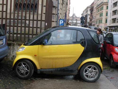 Roman drivers prefer Smart Cars...