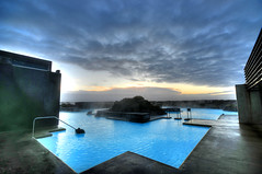 Sunset at the Blue Lagoon Clinic (5ERG10) Tags: blue sunset sky water pool sergio photoshop landscape lava iceland nikon europe dusk turquoise great wideangle reykjavik steam springs handheld sulphur keflavik geology geyser sulfur clinic scandinavia hotspring spa geothermal geysir strokkur thermal hdr highdynamicrange sland bluelagoon churn icelandic geysers the islanda d300 nordiccountries gusher 3xp photomatix sigma1020 grindavik tonemapping stri arnessysla geysirarea lveldi rnesssla amiti 5erg10 sergioamiti