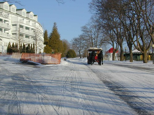 holiday on mackinaw island Mackinaw city is the perfect vacation destination at the base of the mackinac  ferries depart from mackinaw city for mackinac island on a regular schedule.