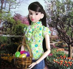Momoko says Happy Easter!