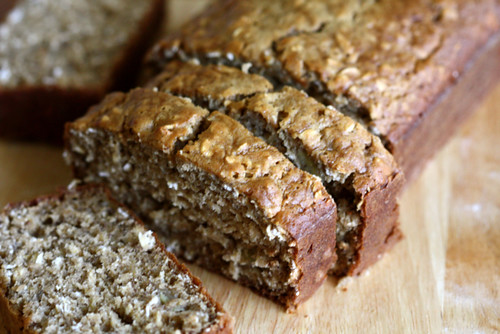 Low Fat Oatmeal Banana Bread