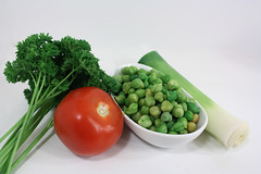 garbanzo leek tomato parsley