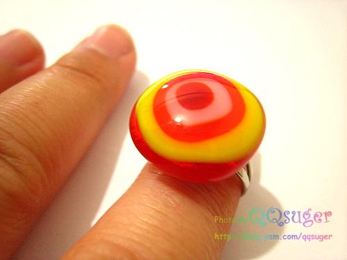 你拍攝的 我的戒指。