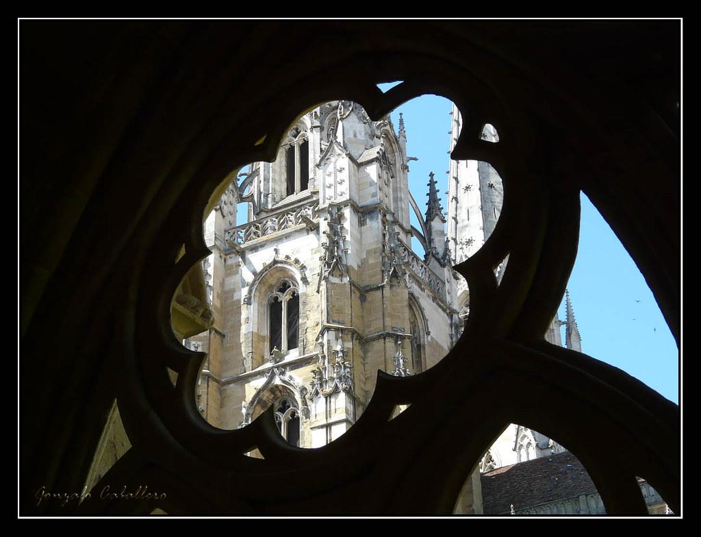 Bayona. Claustro de la Catedral