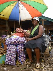 Sandga Market in Douala, Cameroon (The Advocacy Project) Tags: project womens rights ama cameroon cameroun voices vital advocacy ucomas