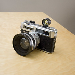 Yashica 35 GSN (EVRT Studio) Tags: vintage rangefinder filmcamera yaschica 35gsn brianeverett evrtstudio camerapornfriday