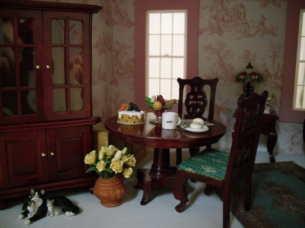 Kitchen Table Detail
