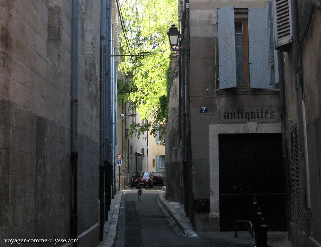 Rue étroite du centre historique
