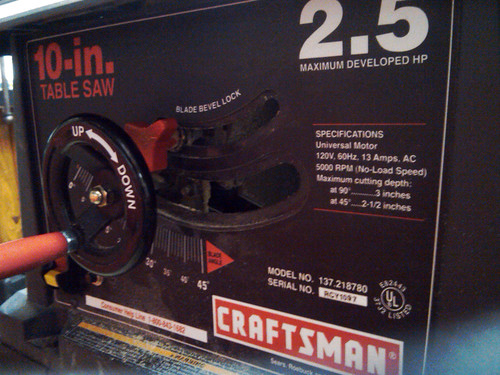 Craftsman 10in 2.5HP 13Amps 5000RPM Table Saw 137.218780 - 2
