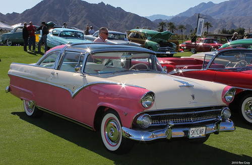 1955 Ford Fairlane Crown Victoria Skyliner - fvr