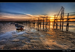 166/365 - HDR - Poole.Harbour.Sunset.@.1150x760 (Pawel Tomaszewicz) Tags: camera new sunset wallpaper england sky colors beautiful architecture clouds photoshop canon boats photography eos bay pier photo europe foto view angle image photos harbour dusk jetty horizon wide creative picture wideangle ps images x dorset 1200 fotografia 800 bournemouth molo hdr poole fable hdri anglia aparat iphone pawel cs3 ipad chmury 3xp photomatix greatphotographers wyspa wyspy eos400d 1200x800 fotografowie polscy allxpressus tomaszewicz paweltomaszewicz
