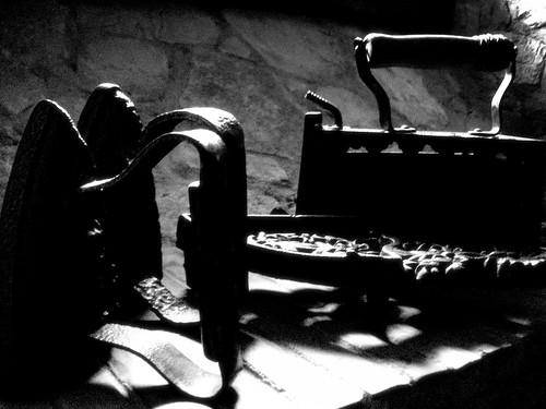 blackandwhite vintage iron darkness stones farm country bn campagna past ricordi passato ferro melonlimon79 ferridastiro