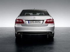2010 Mercedes-Benz E-Class AMG pictures