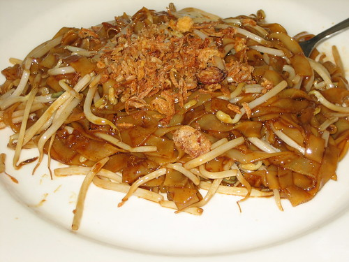 a fairly average char kuay teow