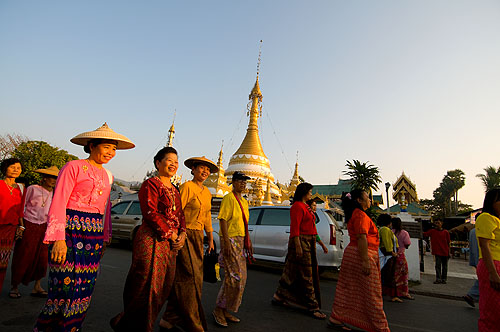 A parade in front of Wat Jong Kham to celebrate making khao ya koo, sweet sticky rice, Mae Hong Son