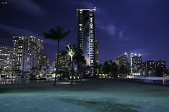 Waikiki Night 4 (touge-n00b) Tags: ocean moon hawaii waikiki oahu hilton moonlight hiltonhawaiianvillage rainbowtower