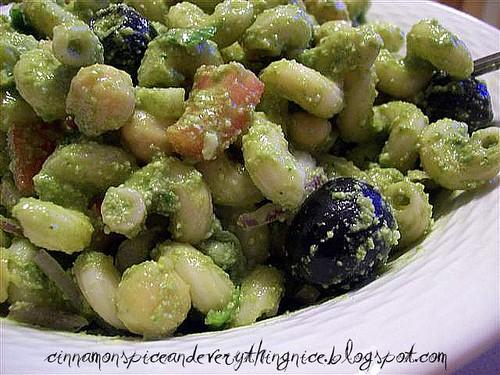 Lemon-Arugula Pesto Pasta Salad