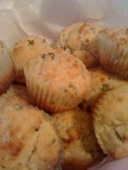 scallion & goat cheese muffins