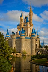 Magic Kingdom - Cinderella's Castle - Hello LAB color (Matt Pasant) Tags: canon epcot disney mickey usm canonef2470mmf28lusm magickingdom splashmountain mainstreetusa disneytransportation reedycreek f28l canon40d magickingdomwdwwalt 5stardisneyaward worldchristmasfloridawalt disney40dfloridawalt worldef2470mm