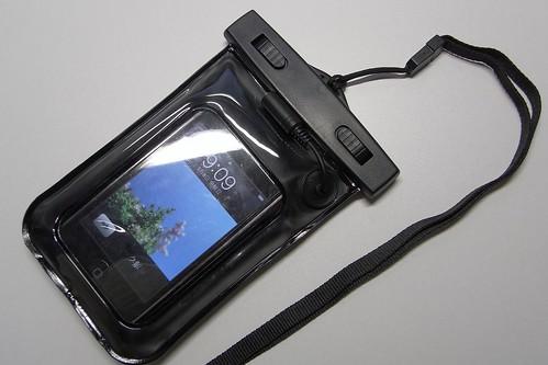 iPhone シースルー防水ケース(イヤホン付き)