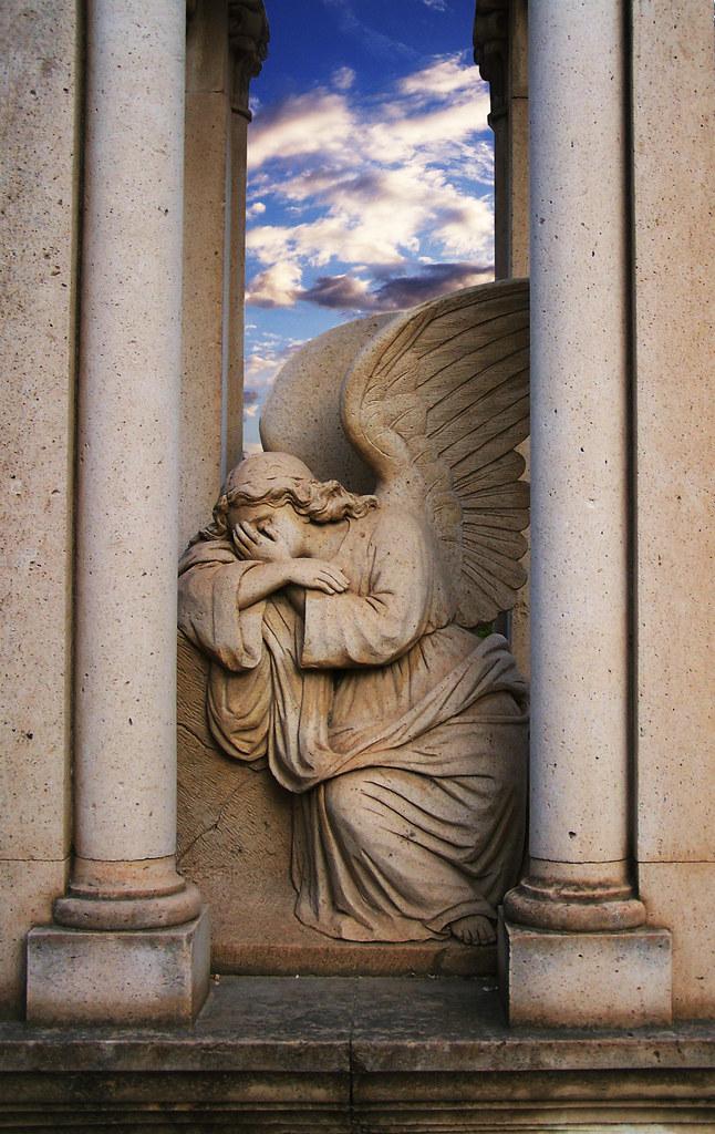 Angel02 - Lagrimas de Piedra...