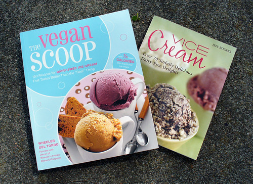 2009-05-24 - Vegan Ice Cream Books - 0011