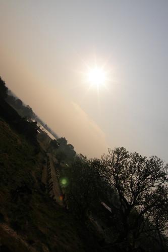 018.也照耀在Chmapasak的平原上