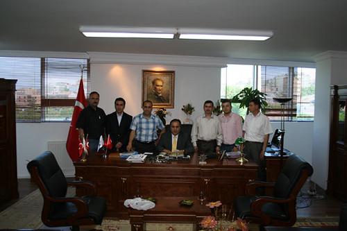 Arnavutköy Spor Kulübü Yöneticleri ve Kaymakam Hürrem Aksoy