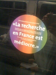 La recherche en France est mdiocre (coulmont) Tags: bulles ratp autocollant dtournement revendication