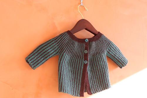 DROPS b14-27 baby jacket