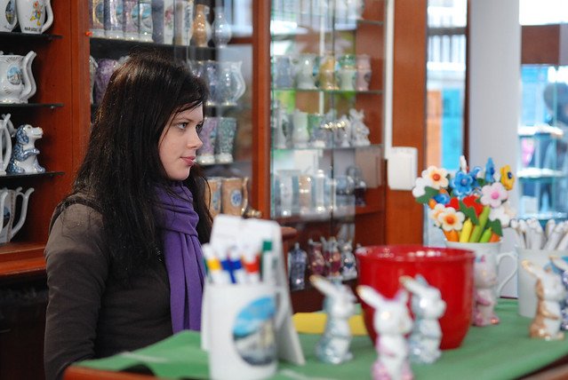 瑪麗安司凱 Marianske Lazne:難得有正妹,哈~@Cross Spring 內的溫泉杯保管所