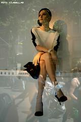 t4321 (cesar casellas) Tags: barcelona reflection fashion shop moda tienda figure musica reflejo maniqui escaparate figura