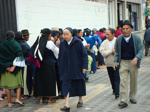 People seem to like queing up in South America...