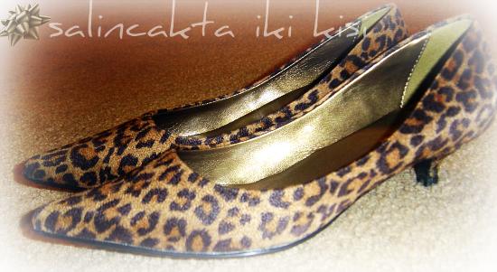 leopar-desenli-ayakkabi