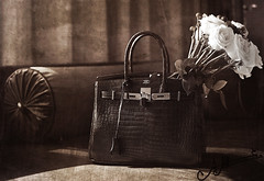 Vintage ,, (A.A.A) Tags: flowers roses brown white rose by canon bag photography gold mark iii hermes amna 1837 eos1ds birkin abdulaziz althani canoneos1dsmarkiii