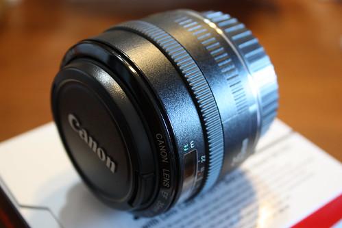EF 35mm F2