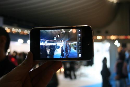 Sekai Camera World Premiere