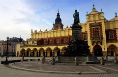 Cracow, The Main Square, Sukiennice (Ula P) Tags: pigeon olympus townhall lantern cracow sukiennice mainsquare digitalshot